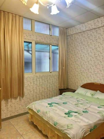 Luxury Suite Room (Room#2A)