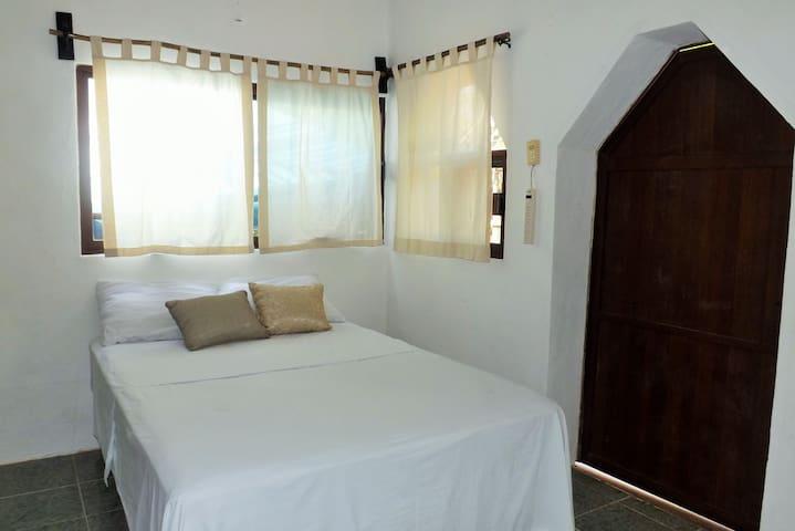 Room 2 p BEACH AREA & CENOTE Yaxchen