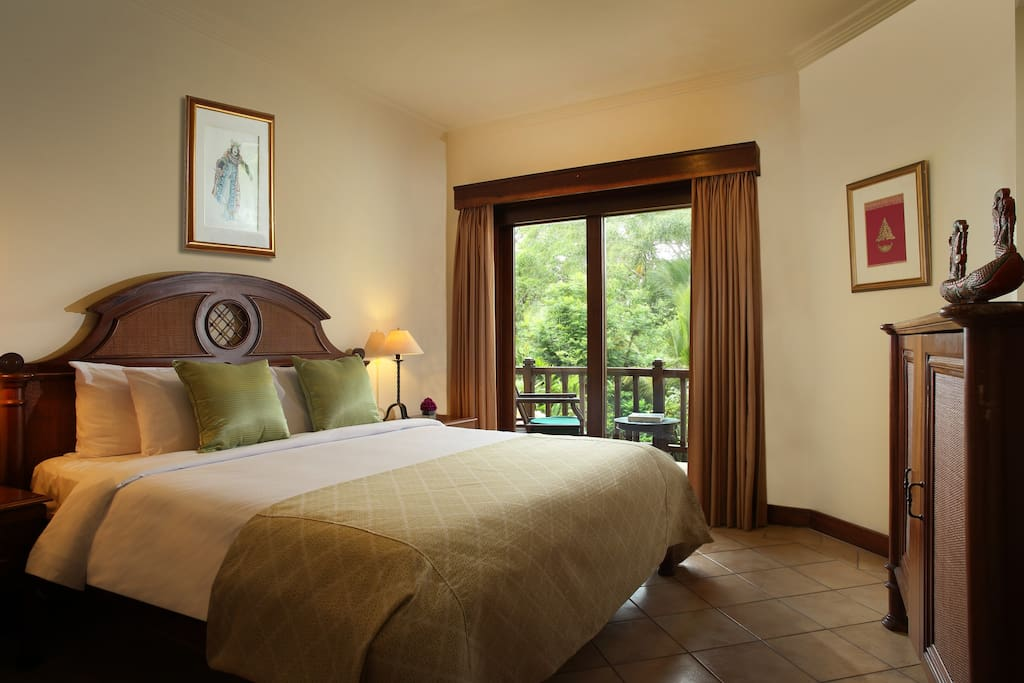 Spaciour bedroom with access to balcony