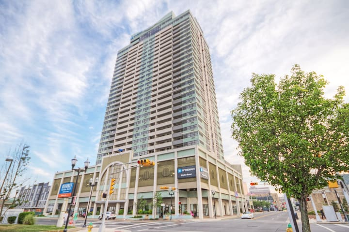 Wyndham Skyline Tower Resort in Atlantic City, NJ