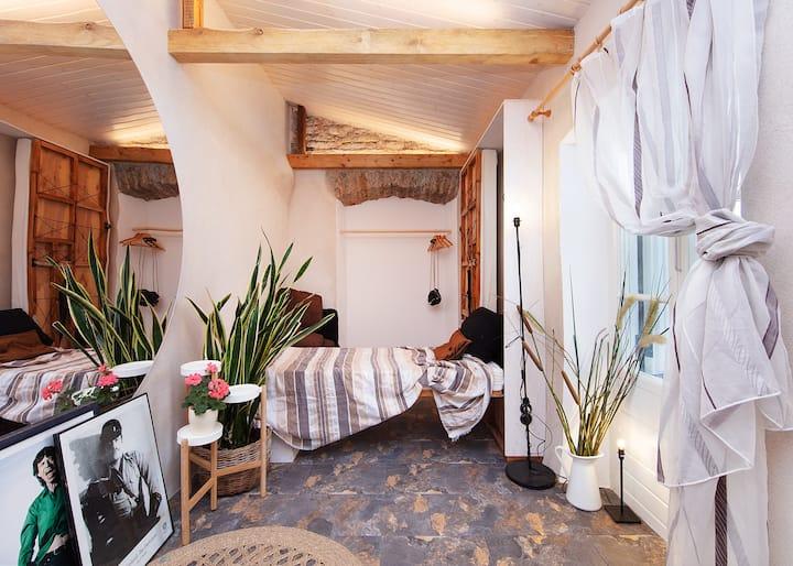 Garden House Studio apt in Old Town+Private Garden