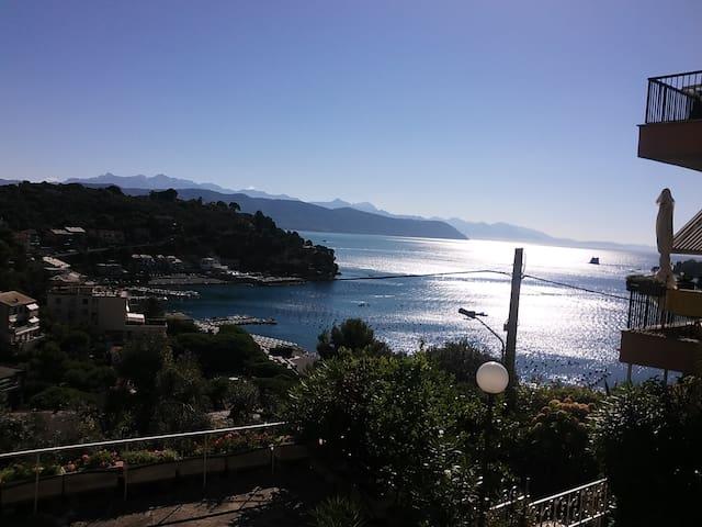 Stunning sea view apartment in Portovenere - Portovenere - Apartment