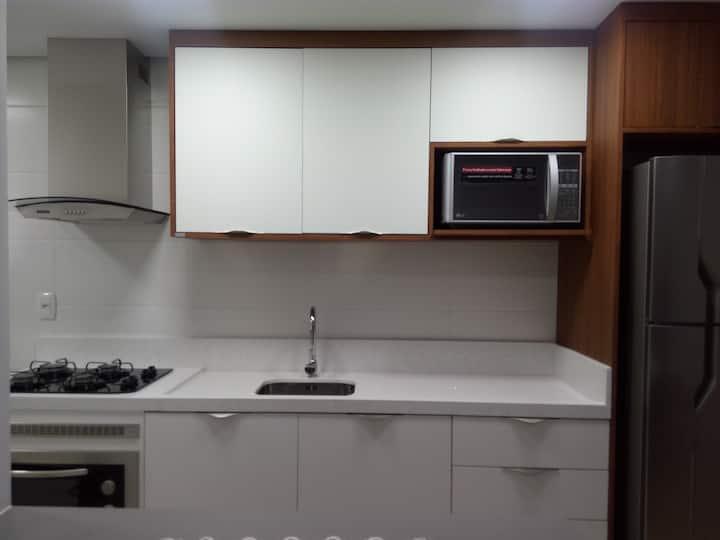 Apt. novo e confortável no bairro Rio Branco