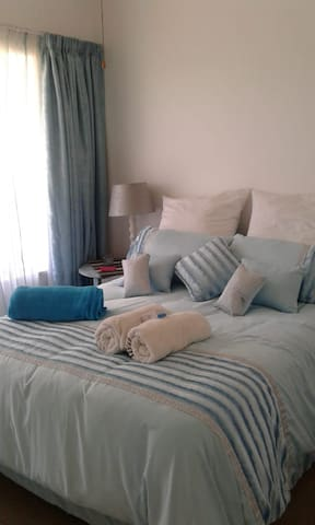 WHITE ROSES , self catering & close to river.