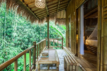 Bamboo house with jugle view # pondok salacca#