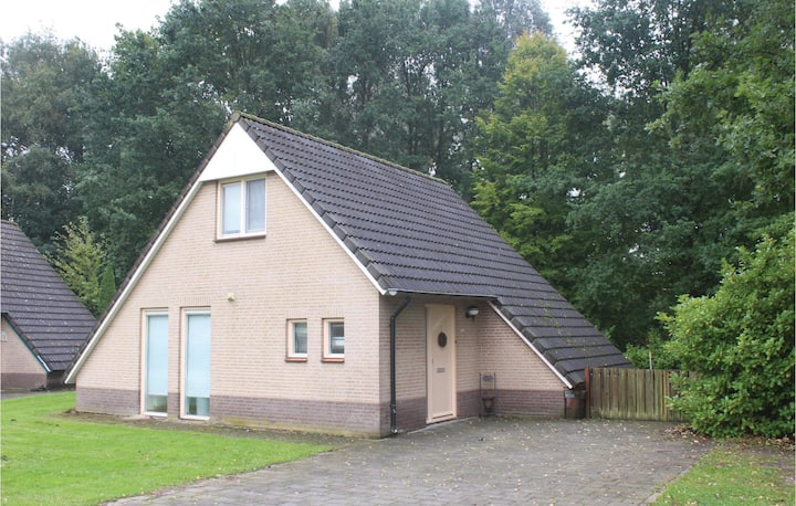 Holiday cottage with 3 bedrooms on 64m² in Posterholt