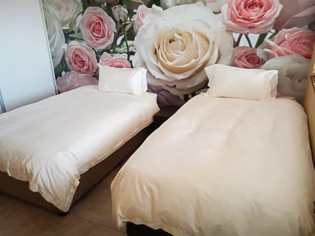 2nd Bedroom, 3/4 beds