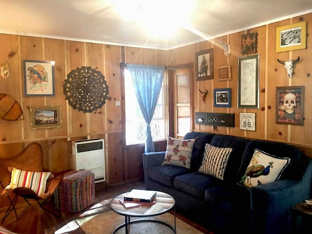 Boho Chic Cabin Nearby Ski Resorts, Lake & Village