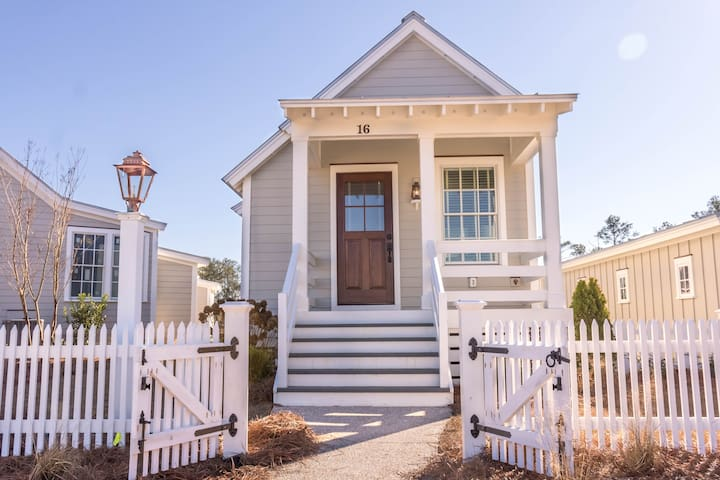 Sweetwater - Pet Friendly Bunkie in River Dunes Community