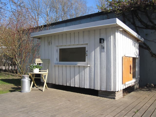 Dog House in Tapiola