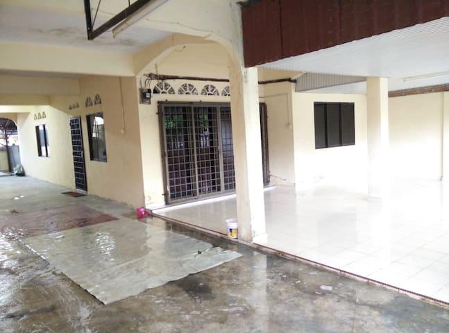 Homestay Bukit Pasir Muar Johor - Balik Pulau