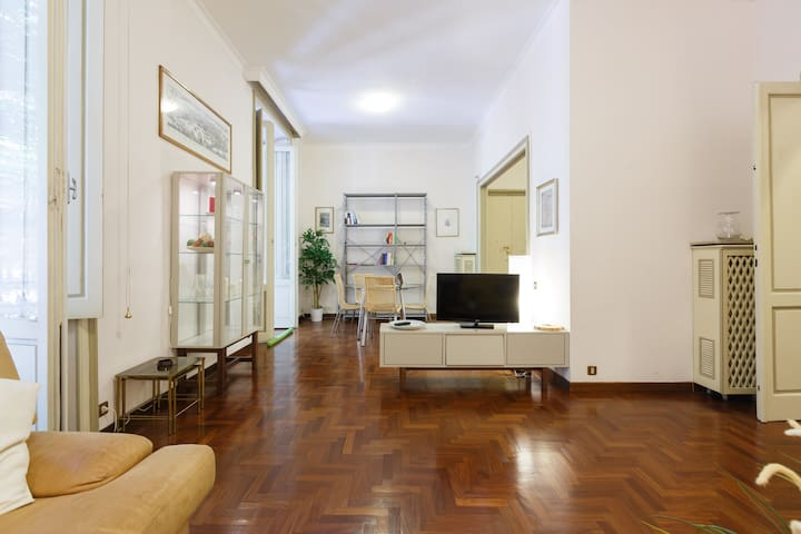 3 Bedroom Apartment Near Vatican