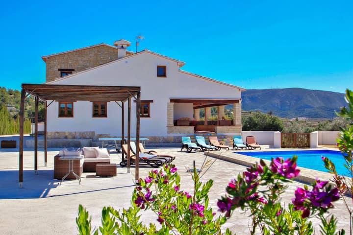 Finca Argudo - private pool villa in Moraira