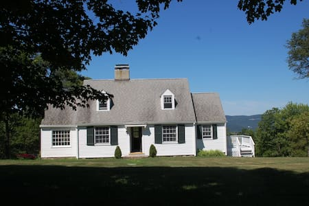 Historic Hudson Highlands Cottage
