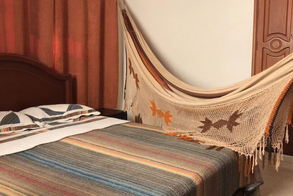 (ESP) Habitacion No. 1 con Hamaca - (EN) Room no. 1 with Hammock - (FR) Chambre no. 1 avec Hamac