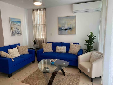 Lovely 2 bedrooms first floor apt with pool.