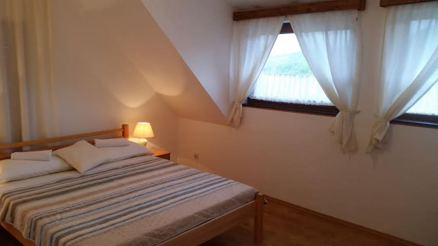 Accommodation on Plitvice Lakes - Plitvice Lakes - Casa
