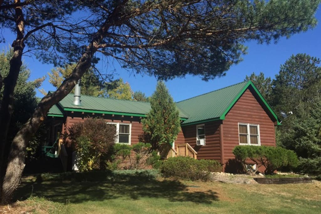 Esther mountain chalet houses for rent in wilmington for Wilmington ny cabin rentals