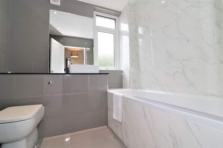 A lovely 3 bedroom apartment in Bellshill