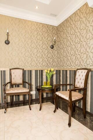Улучшенный номер в гостинице на Яузе