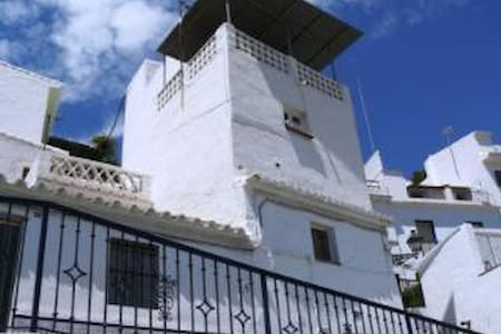 Quirky Town House - Torrox