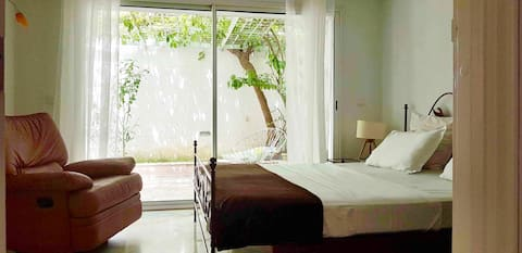 Modern maisonnette with little garden, El Menzah 1