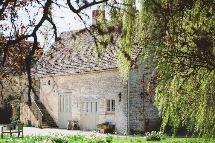 Coach House in the Cotswolds