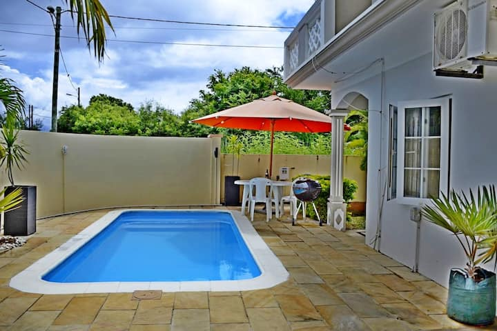Villa with 6 bedrooms in Grand Baie, with private pool, enclosed garden and WiFi