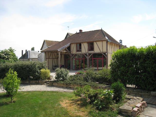 75 m² 2 chambres cuisine séjour près de Troyes