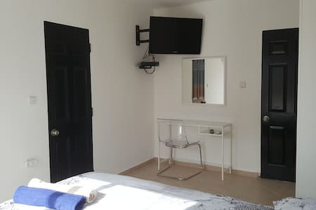 Double Room with Balcony and Sea View - ไอลัต