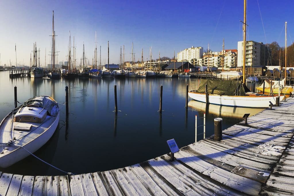 The yachting harbour is only a five minute walk from the apartment