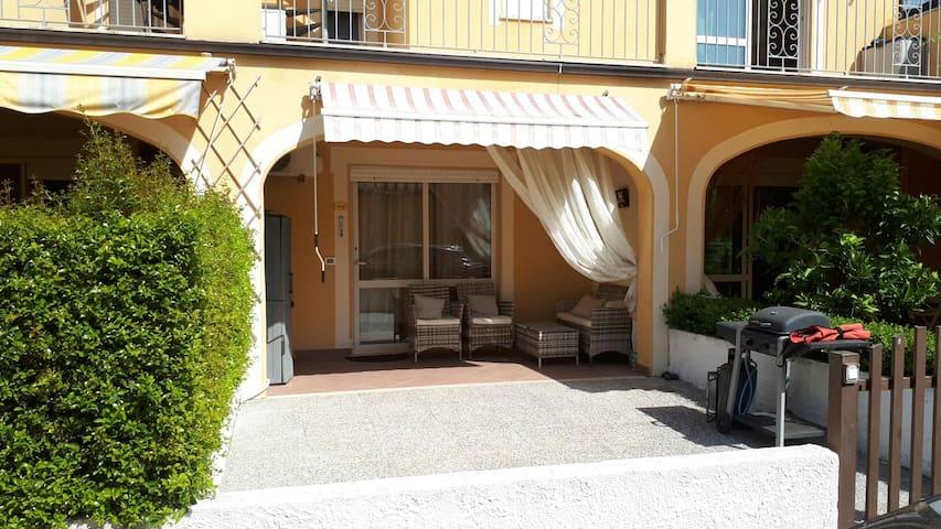 Pizzo Beach Club. Cozy 1 Bed/1 Bath apartment 26G