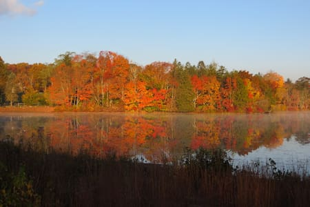 Autumn in Colonial New England, suite - Ev