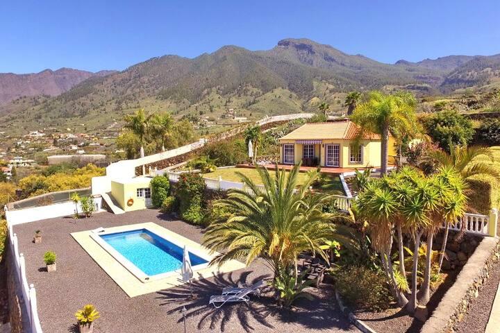 Villa Panorámica - mit privatem Pool & Fitnessraum