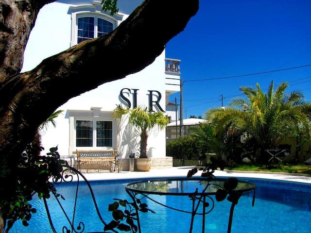 Superior Family Residence in Villa 5*(10-16guests) - Maceira - Villa