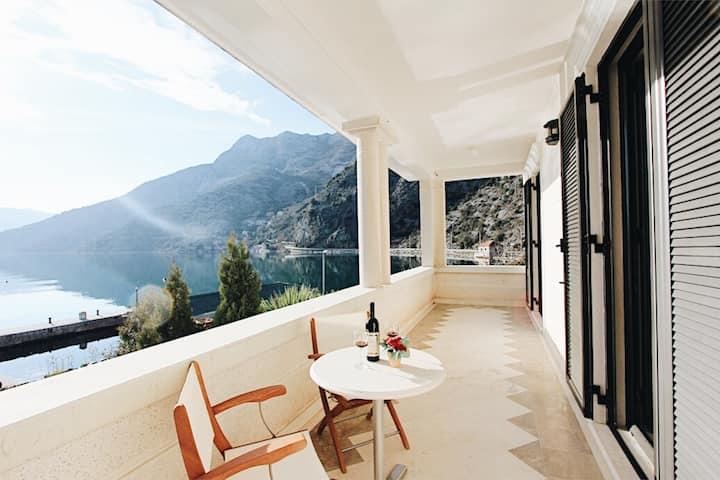 Lux apartment at Villa Teuta