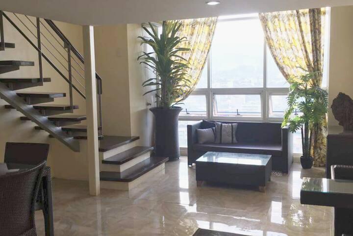 MRZ CONDOTEL Unit 1704 @Tower 3 Ultima Residences