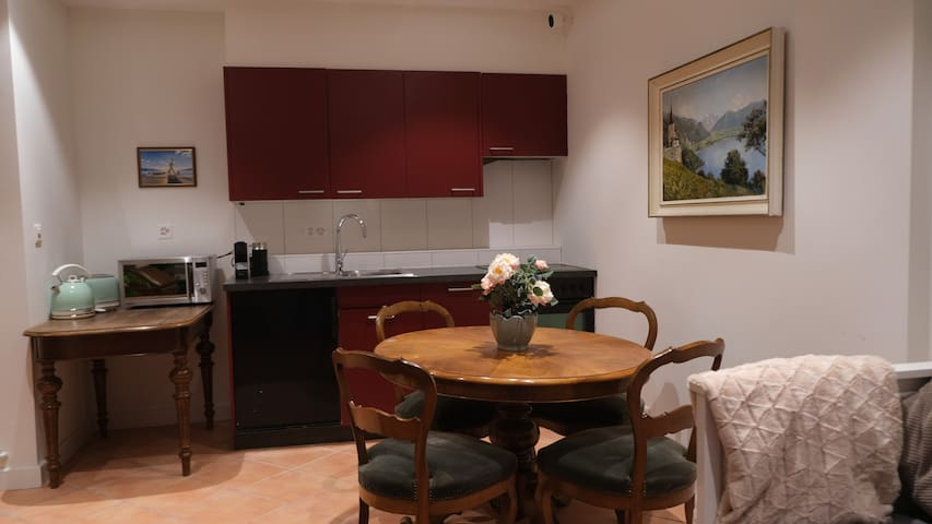 Lovely City Centre Apartment Montreux