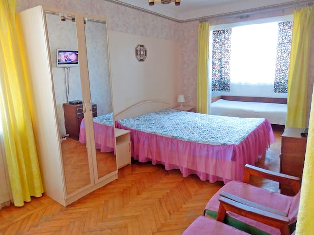 Квартира с кондиционером в центре Пицунды - Bichvinta - Wohnung