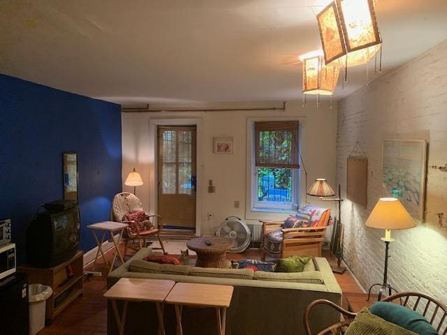 Large Room in Garden Duplex
