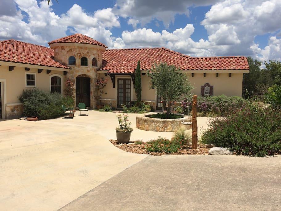 Olive Branch Villa