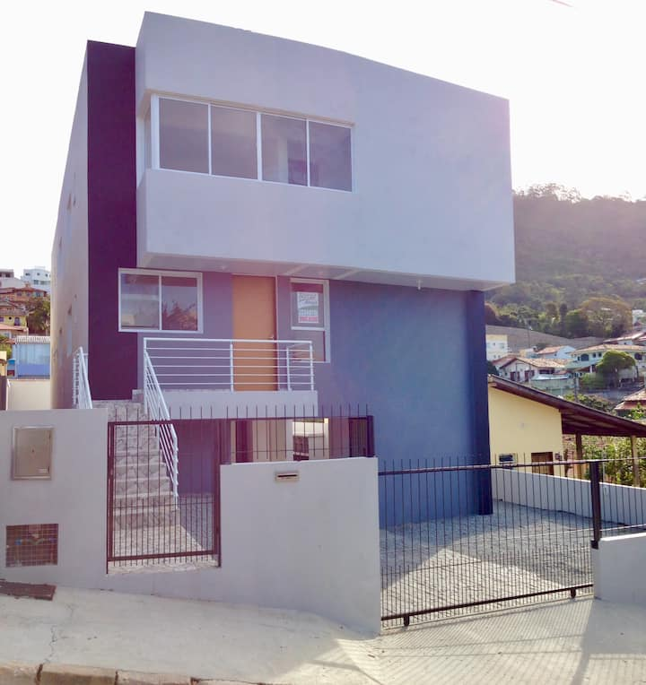 Studio Flat in Florianópolis (Floripa) with Garage