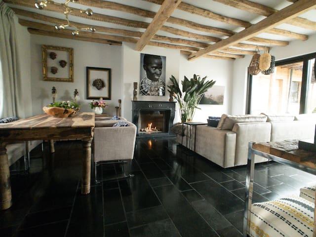 Khosi Suite, luxury country hideaway