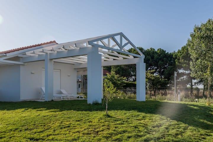 White Villas - Garden Villa