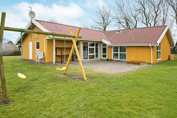 Belle maison de vacances dans le Jutland avec piscine