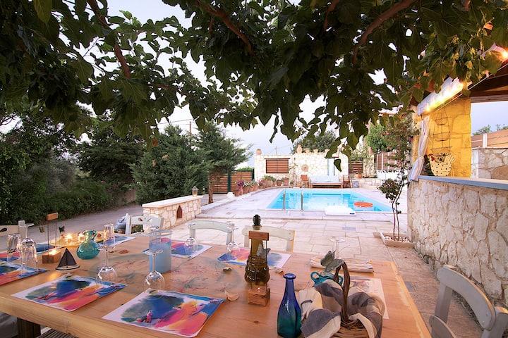 Villa Anemos near Rethymno center & the beach