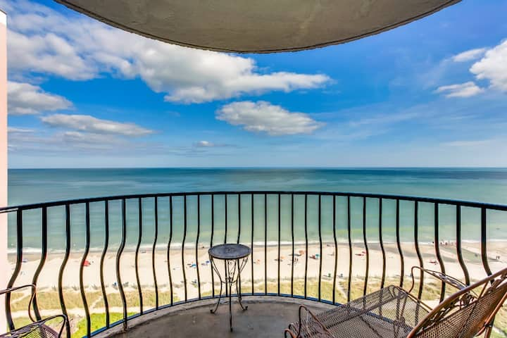 Ocean-view Condo w Balcony/Snowbird Special Rates Available!!!🕓