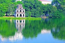 Hoan Kiem lake, just a minute from Centre Logi