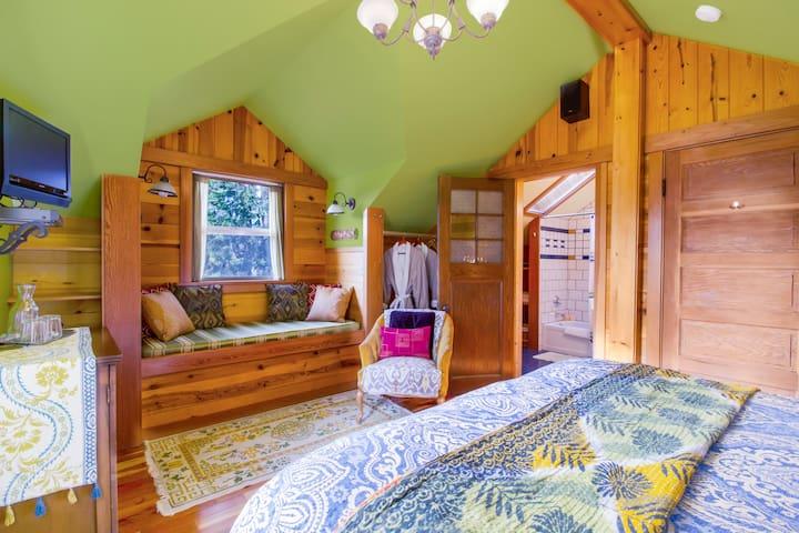 Juniper Lane Guest House private room