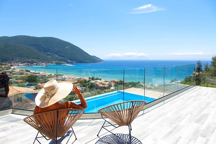 Amazing Villa Irene with Private Pool In Vasiliki